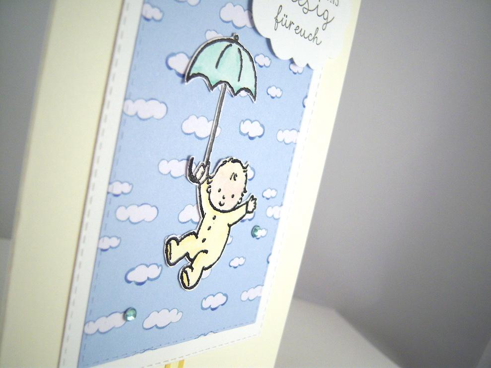 Karte zur Geburt -Baby mit Regenschirm- Bild 2