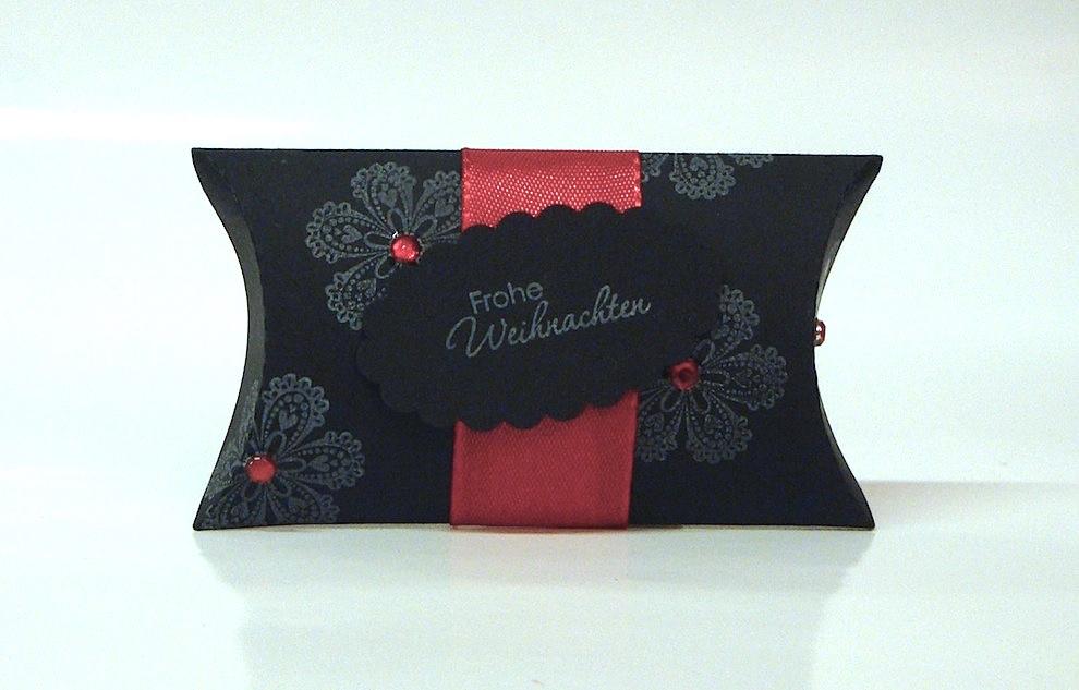 Weihnachten, Verpackungen - Weihnachtsverpackung Kissenverpackung schwarz rot
