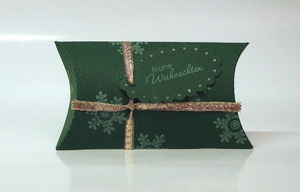 Weihnachten, Verpackungen - Weihnachtsverpackung Kissenverpackung gruen gold