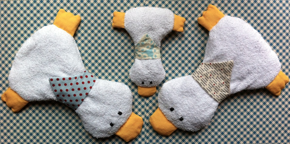 Genähte Kirschkernkissen Entchen Familie