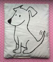 Genaehtes Traubenkernkissen Frecher Terrier