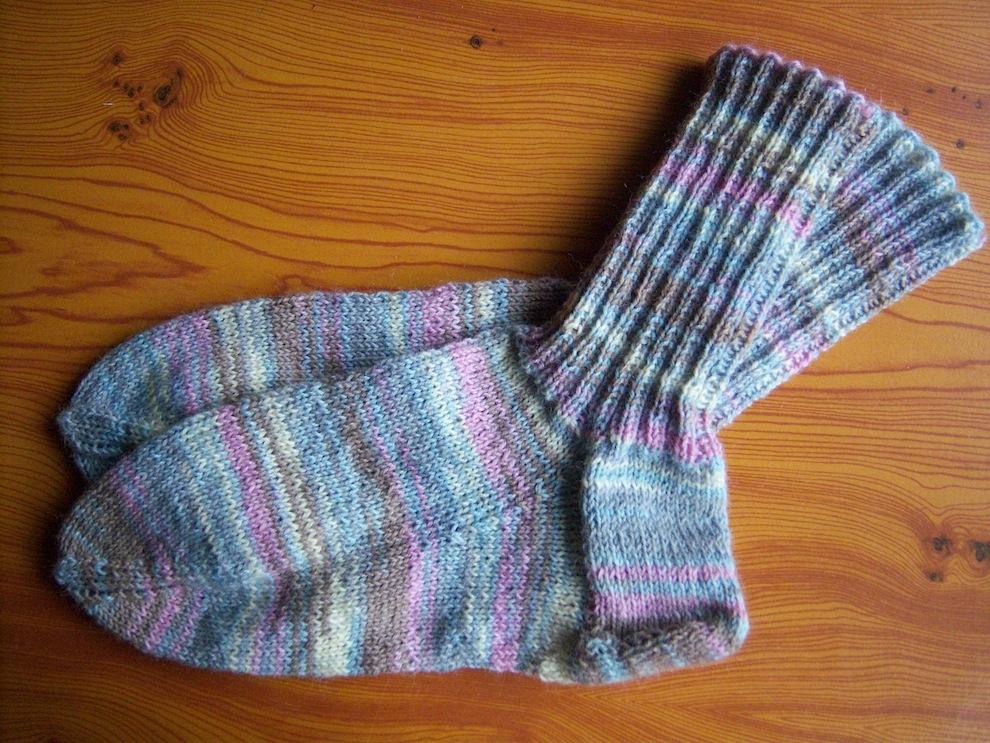 Gestricktes - Gestrickte Socken pastell