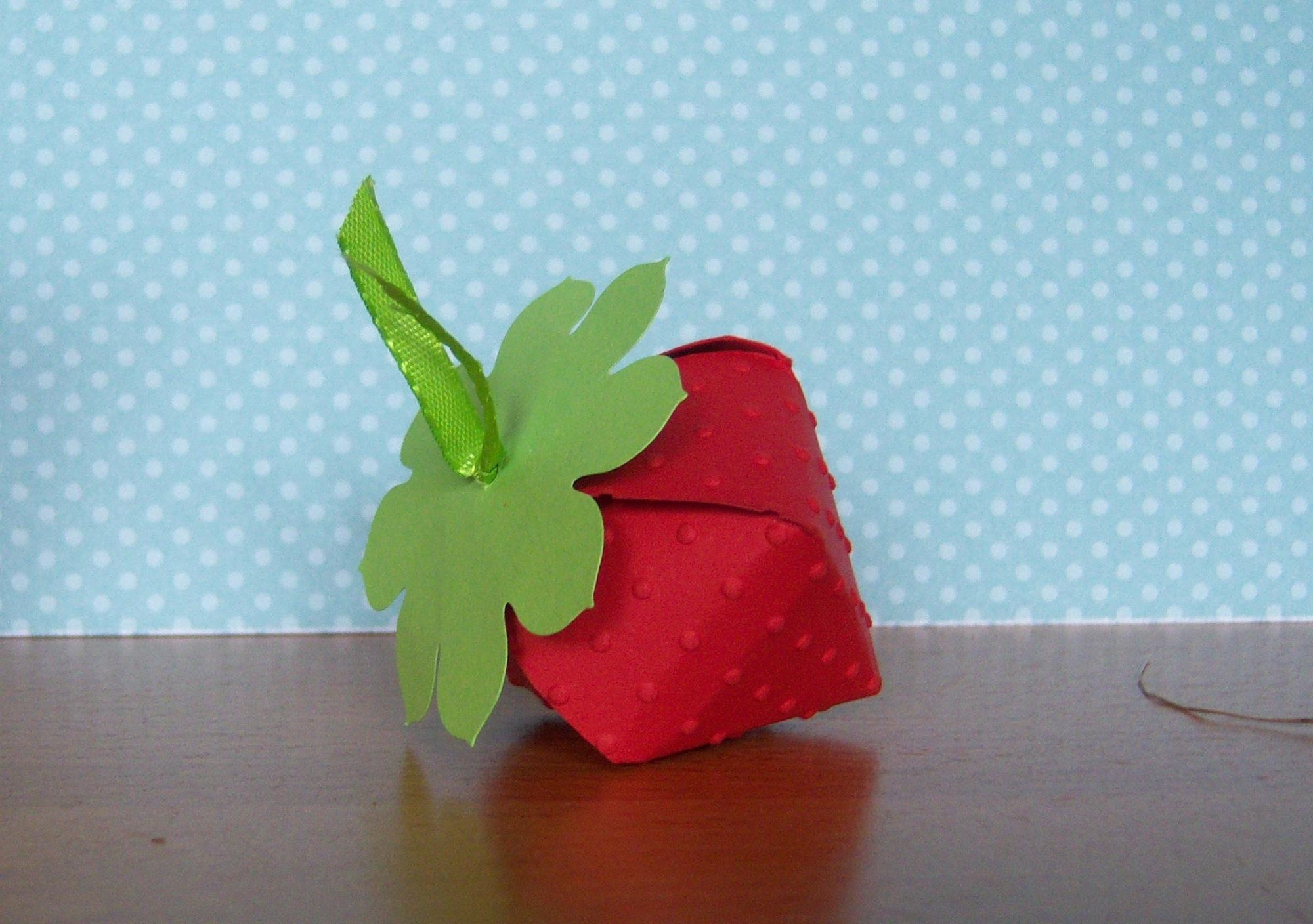 Osterverpackung Erdbeere