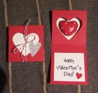 Verpackung zum Valentinstag rot
