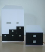 Verpackungen Möbel schwarz weiss