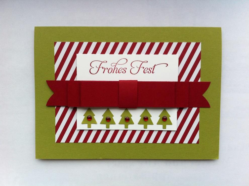 Weihnachten - Weihnachtskarte Schleife und Tannenbaeume