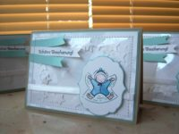 Weihnachtskarte genaehte Schuettelkarte Kind im Schnee 1